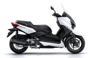 2016-Yamaha-X-MAX-250-ABS-EU-Absolute-White-Studio-002