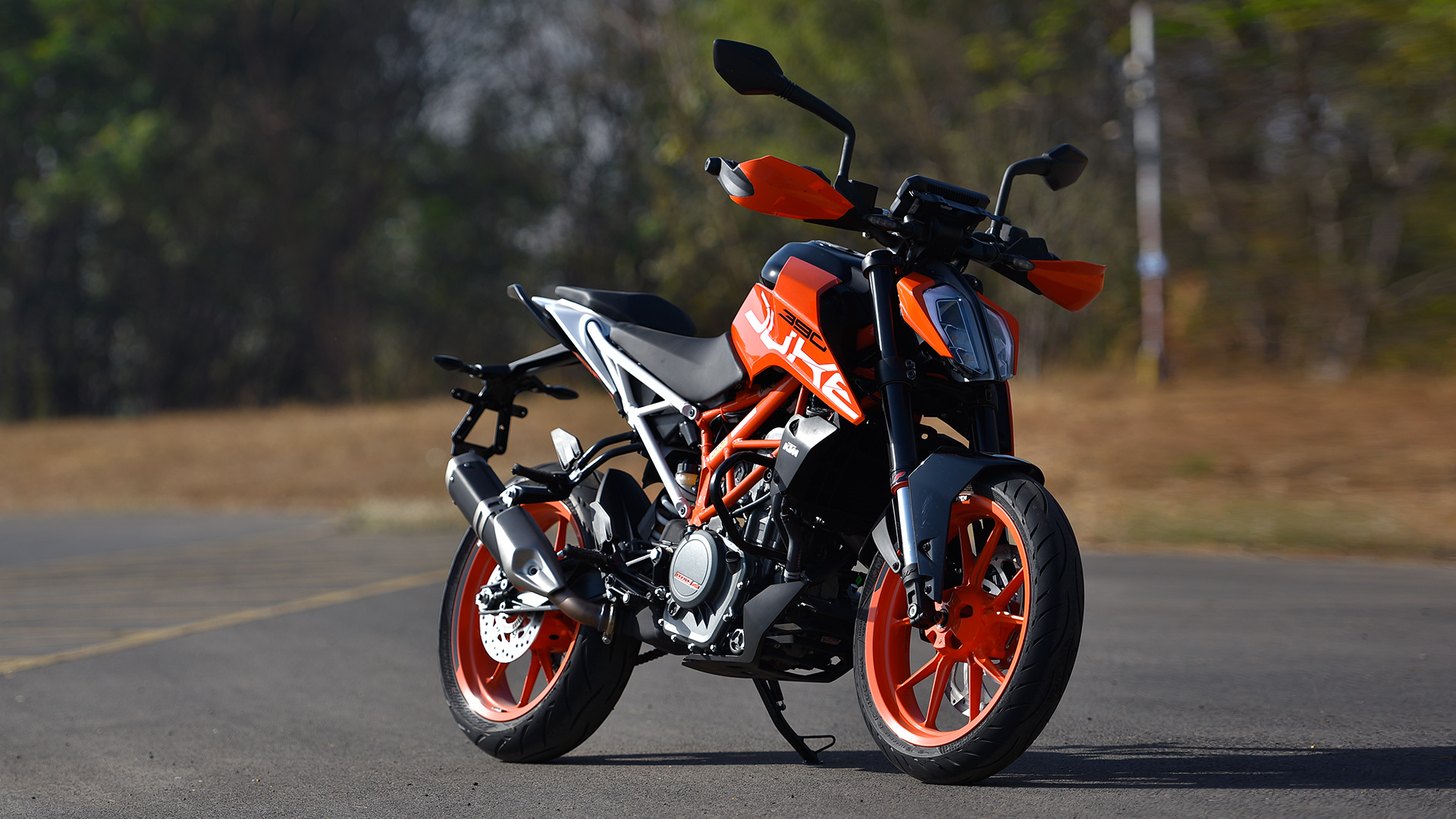 40-408035_ktm-390-duke-2017-price-mileage-reviews-specification